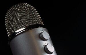 Jak zwiększyć głośność mikrofonu – 4 sposoby